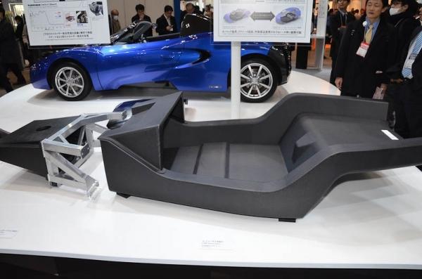 монокок электромобиля Teewave AR1