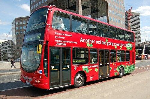 Гибридный автобус Вольво, Лондон 2011