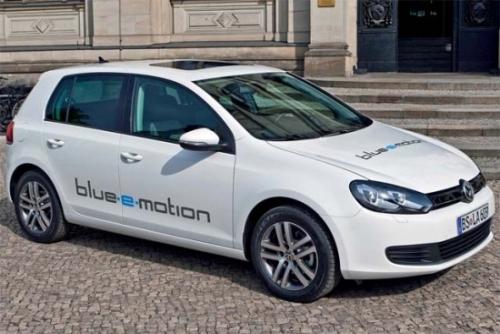 Электрический автомобиль Фольксваген E-Golf